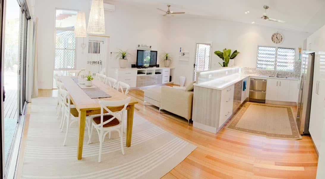 Sally's Beach Shak Living Room